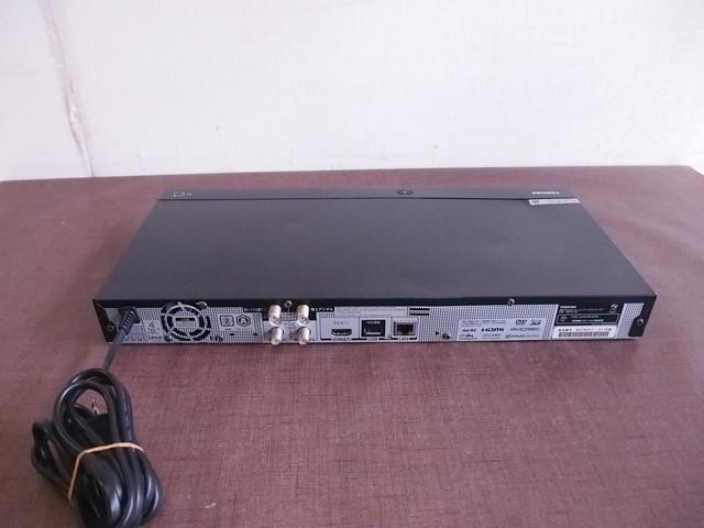 2017年製 東芝(TOSHIBA) REGZAブルーレイ DBR-W1007 HDD&ブルーレイデ