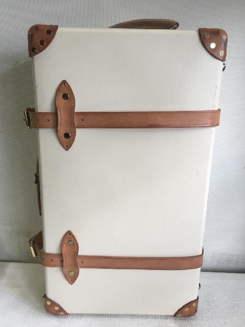 GLOBE-TROTTER グローブ・トロッター スーツケース ホワイト系