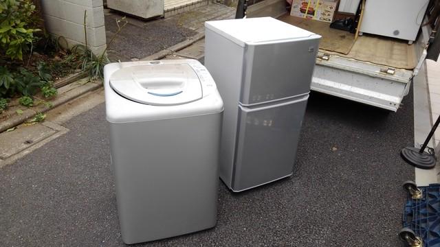 便利屋作業(古い冷蔵庫と洗濯機の有料回収)