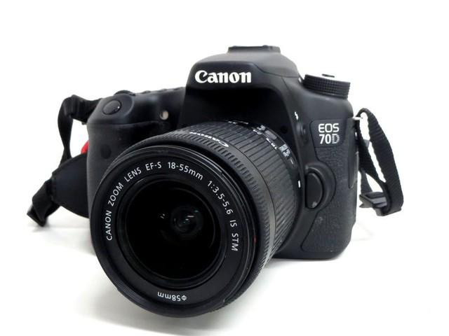 【買取専門店よろずやあびこ店】キャノン EOS70D EF-S 18-55mm 一眼レフ カメラ