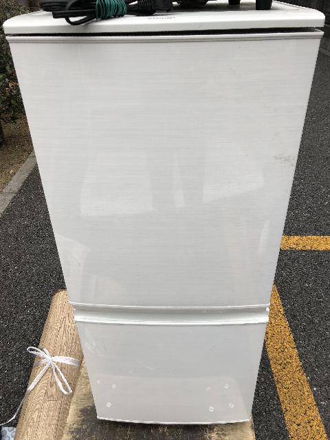 シャープ 2D冷蔵庫 シャープSJ-D14C-W 市川市出張買取