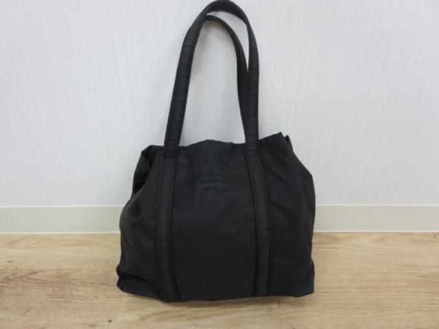 reputable site ac068 0a29e PRADA トートバッグ 黒 イタリア製 ナイロン ロゴ刺繍(プラダ ...