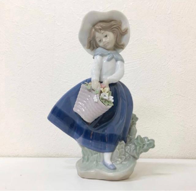 LLADRO 綺麗な花ばかり 陶器人形