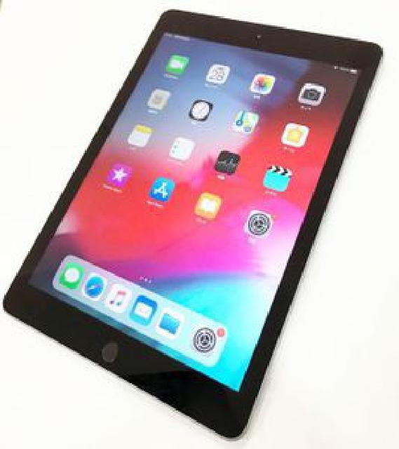 【渋谷区にて出張買取】 iPad 第6世代 Wi-Fiモデル128GB スペースグレイ MR7J2J