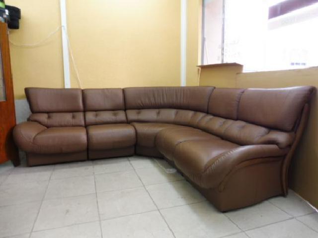 【群馬県のブランド家具買取します】カリモク家具のソファ買取はリサイクルの窓口にお任せください!