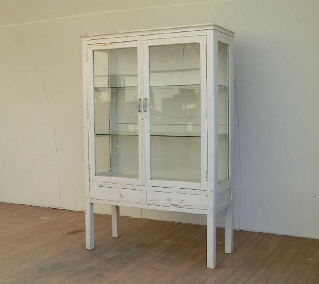 ケビント キャビネット ガラス棚 本棚
